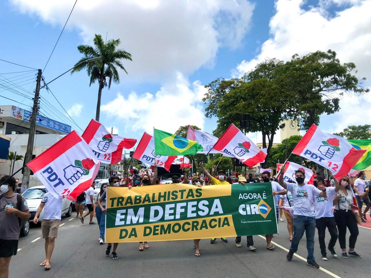 WhatsApp Image 2021 10 02 at 14.40.44 - 'Ciristas' participam de ato contra Bolsonaro e defendem 'terceira via' em João Pessoa; VEJA VÍDEO