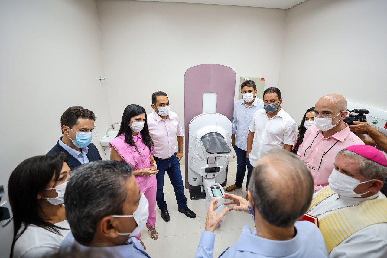 WhatsApp Image 2021 10 08 at 23.25.43 1 - Presidente do Senado em exercício, Veneziano cumpre agenda no Maranhão e participa de inauguração do Hospital do Amor
