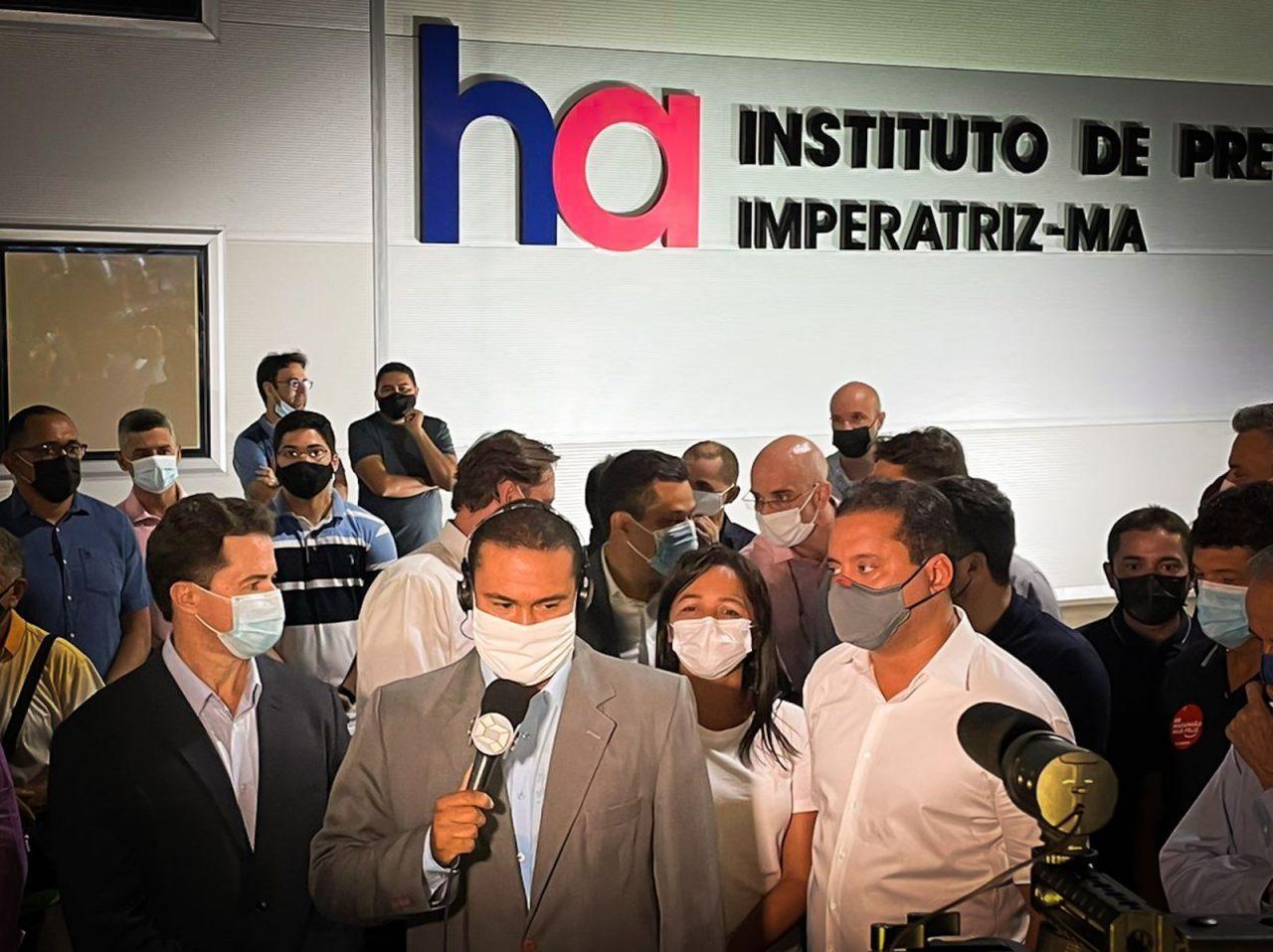 WhatsApp Image 2021 10 08 at 23.25.44 1 scaled - Presidente do Senado em exercício, Veneziano cumpre agenda no Maranhão e participa de inauguração do Hospital do Amor