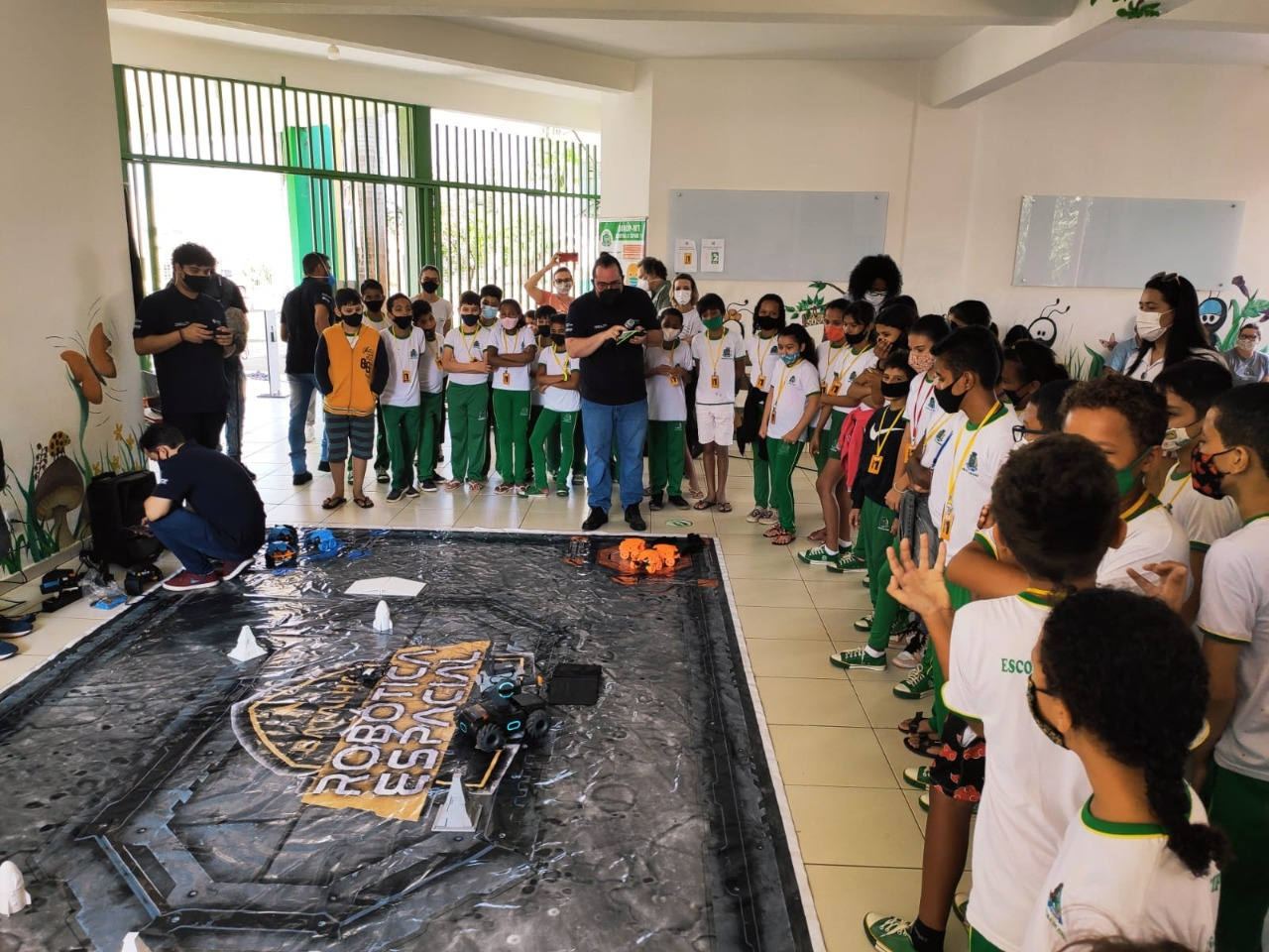 WhatsApp Image 2021 10 13 at 14.21.28 1 - Escolas Municipais recebem projeto de Robótica Espacial através da FUNETEC: 'alcançará 10 mil alunos'