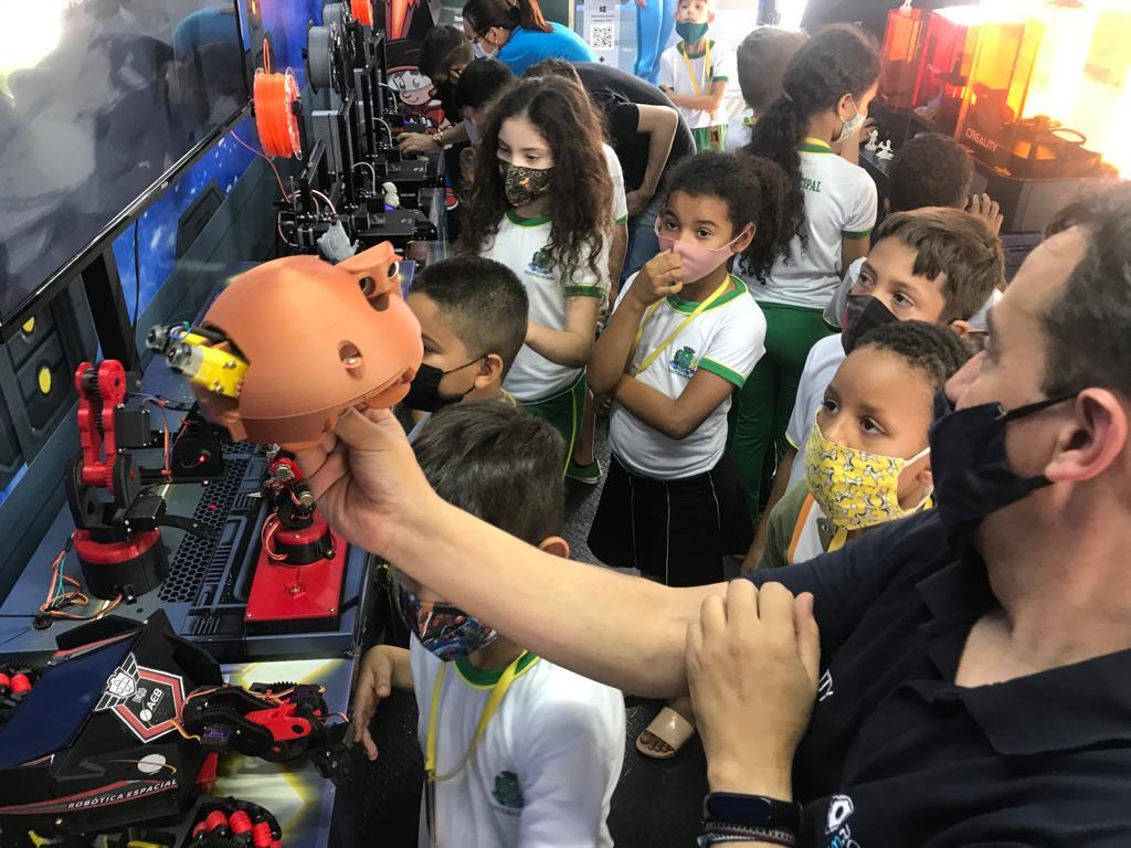 WhatsApp Image 2021 10 13 at 14.21.33 - Escolas Municipais recebem projeto de Robótica Espacial através da FUNETEC: 'alcançará 10 mil alunos'