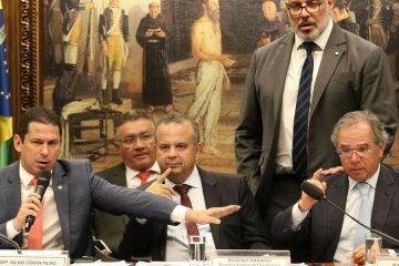 a3zbsij5l0fr4wd4lb846c7li 360x240 - Parlamentares pressionam Guedes por prorrogação do auxílio emergencial