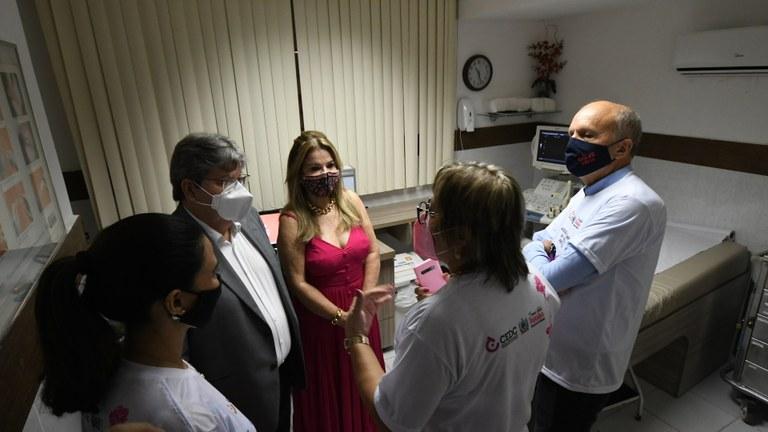 a95c65cf 88ae 4661 b820 d25c958b1ac5 - João Azevêdo abre campanha Outubro Rosa e destaca ampliação de exames de mamografia para assegurar diagnóstico precoce