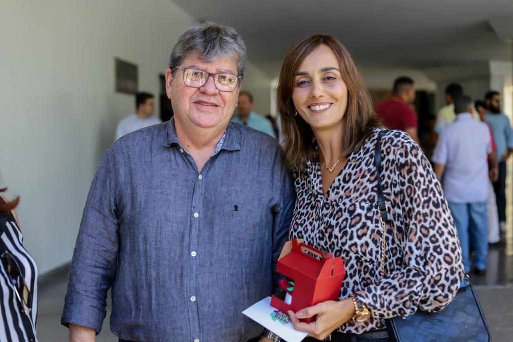 """ana claudia joao azevedo - Ao lado de Azevêdo, Ana Cláudia diz que mal-estar com governador está totalmente superado: """"objetivo é continuar trabalhando pela Paraíba"""""""