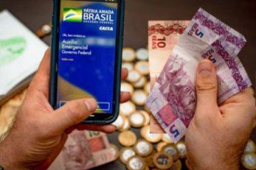 auxilio 1 360x240 - Auxílio emergencial é pago a beneficiários do Bolsa Família com NIS 6