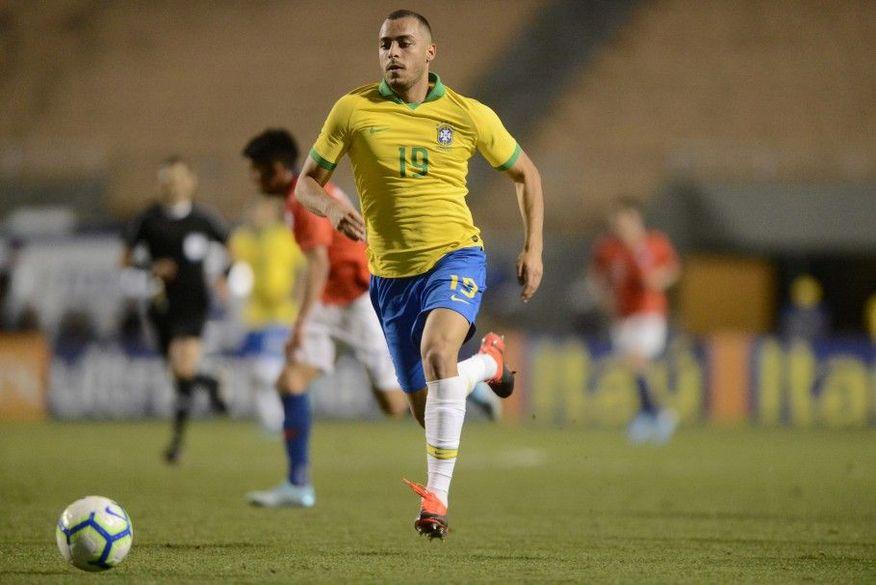 cbf - Paraibano Arthur Cabral, é convocado por Tite para lugar de Matheus Cunha em jogos pelas eliminatórias