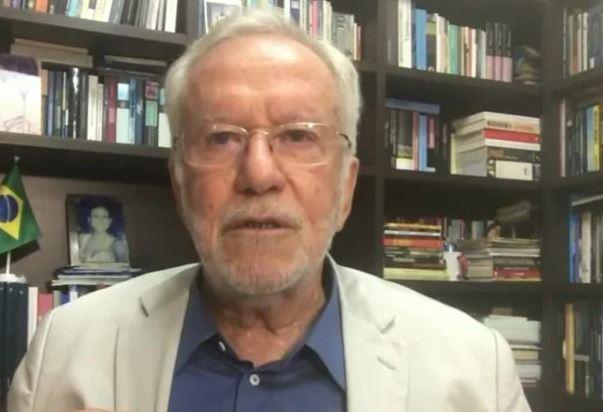 cnn - Alexandre Garcia admite que não tomou vacina e reclama de demissão