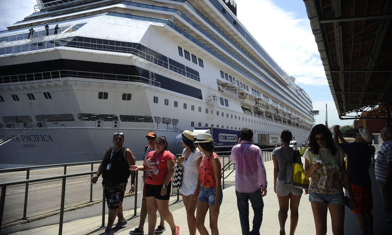 cruzeiros - Ministério do Turismo anuncia volta de cruzeiros marítimos em novembro