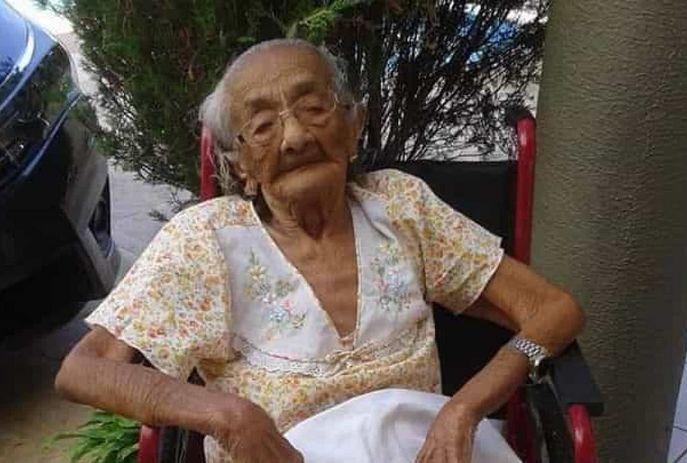 csm Morre a pessoa mais velha do Brasil. Francisca tinha 116 anos de idade c632ac8715 - Morre a pessoa mais velha do Brasil, aos 116 anos