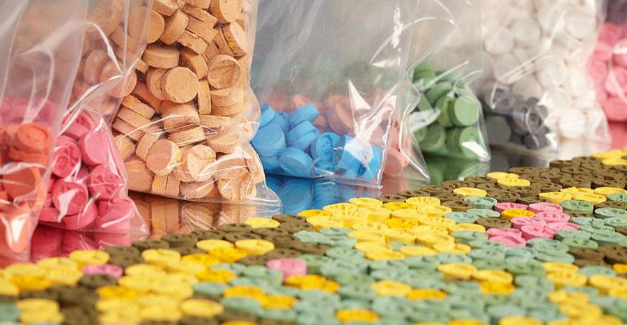 ecstasy conheca os efeitos - Polícia Civil prende mulher com mais 1000 comprimidos de 'Ecstasy'