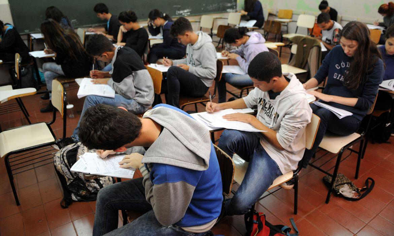 estudantes simulado do enem brasilia 0707161048 - Estudo mostra que 55% dos alunos confiam na qualidade do ensino