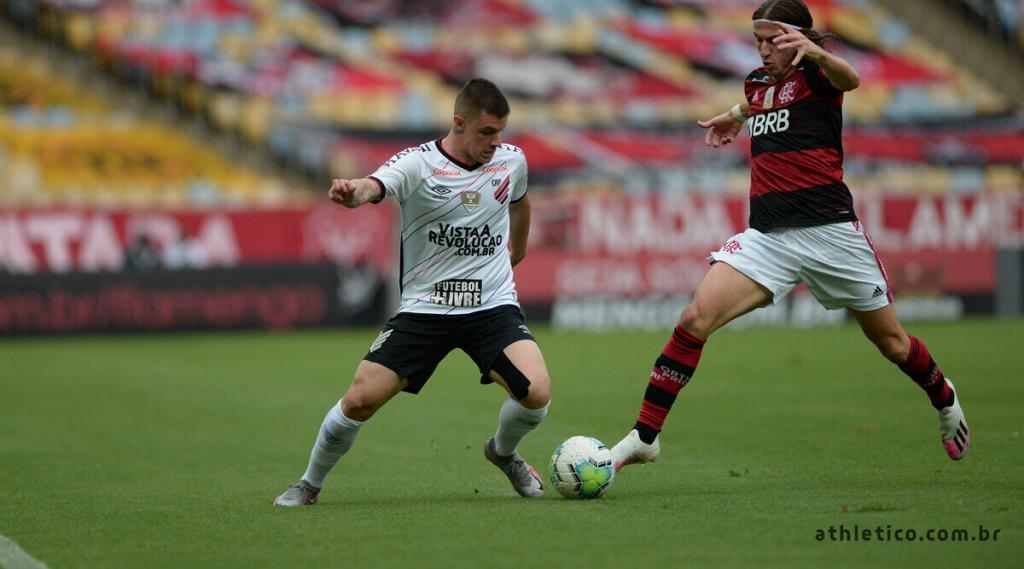 flamengo athletico 1 1024x569 1 - Flamengo marca três vezes no primeiro tempo e vence o Athletico-PR
