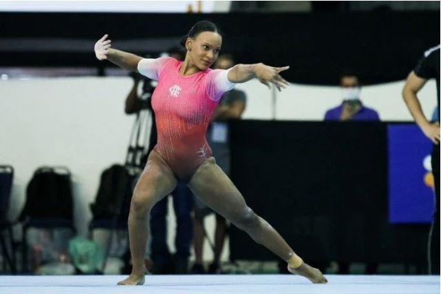 ginasta - Medalhista olímpica, Rebeca Andrade brilha no Brasileiro de Ginástica e leva mais dois ouros