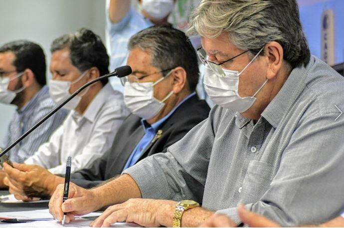 joao - Em Campina Grande, João Azevêdo autoriza obras, entrega equipamentos de segurança, bloco cirúrgico e assina convênio com a FAP