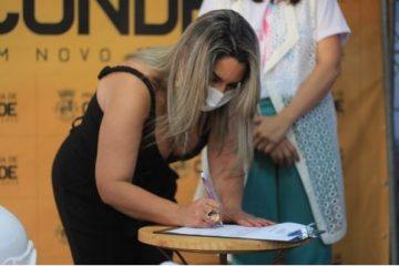 karla 360x240 - Karla Pimentel assina ordem de serviço para reforma de Centro de Reabilitação Física de Conde