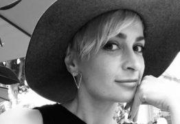 Quem era Halyna Hutchins, diretora de fotografia morta por Alec Baldwin durante filmagem de 'Rust'