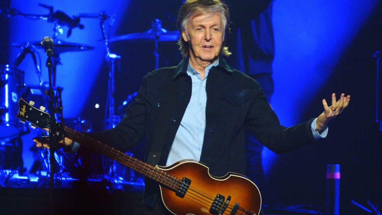 naom 60cc5964ec556 scaled - Paul McCartney diz que cultiva maconha, mas esconde para jovens não roubarem