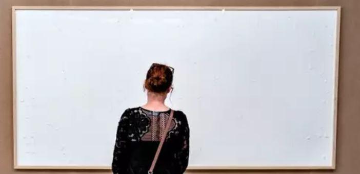 quadro - Artista recebe R$ 450 mil de museu e entrega quadro em branco