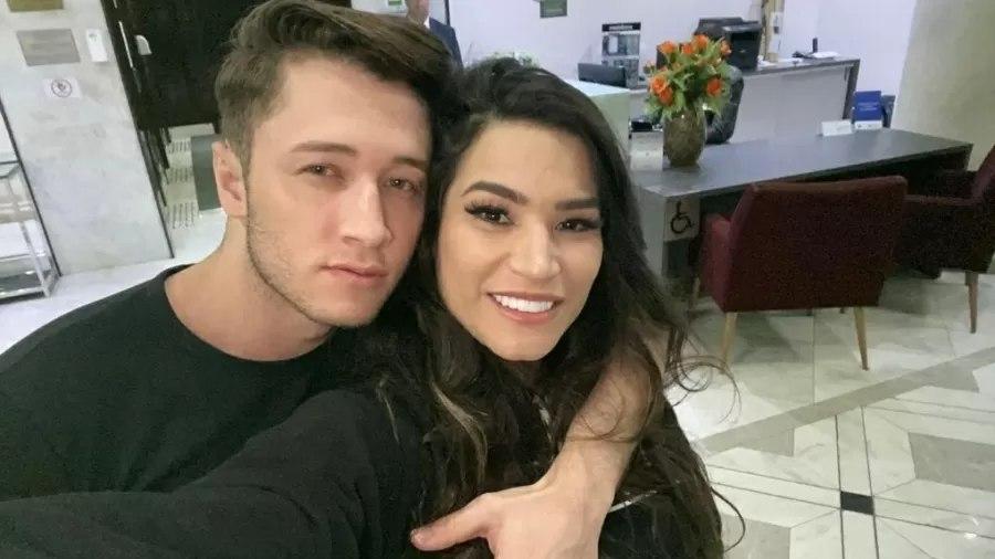 raissa barbosa e victor ferraz - Noivo de Raissa Barbosa desiste de ser ator pornô: 'Melhor para meu casamento'
