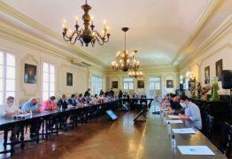 João Azevêdo se reúne com deputados estaduais da base e secretários no Palácio da Redenção