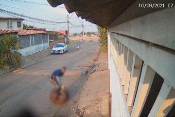 up arrasta corpo 2126 20102021 frame 288 360x240 - Vídeo mostra homem arrastando corpo de mulher em Brasília